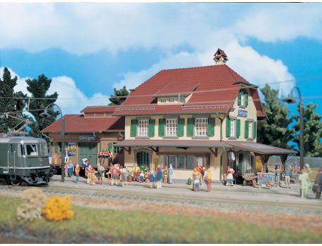 Vollmer 43515 Bahnhof Därligen  - BLS Strecke Schweiz