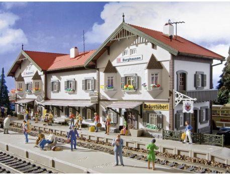 Vollmer 43522 Grosser Bahnhof Burghausen