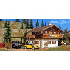 Vollmer 43961 Pension mit Carport - Öko Pension
