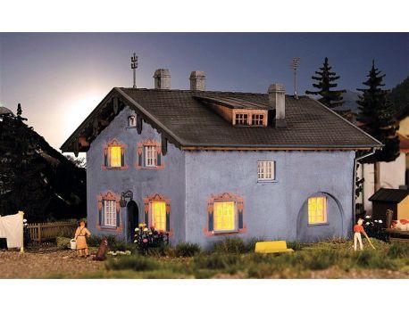 Kibri 39495 Walserdorf Gebäude Set mit 4 Häuser H0