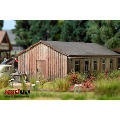 Busch 1544 Holz- Baracke mit Teerpappen Dach H0