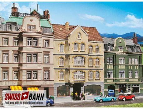 Faller 130447 Altbau- Stadthaus mit Kneipe