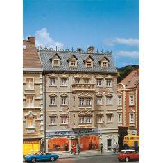 FALLER 130451 Stadtmetzgerei Dold im mehrstöckigen Stadthaus - H0
