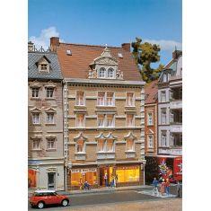 FALLER 130448 Stadthaus Allianz + Tee & Gewürze - Bausatz H0