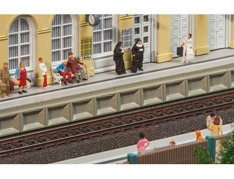 Faller 120100 Moderner Bahnsteig für C-Gleis