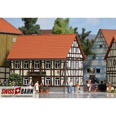 Busch 1532 Gasthaus zur Krone, Holzbausatz - H0