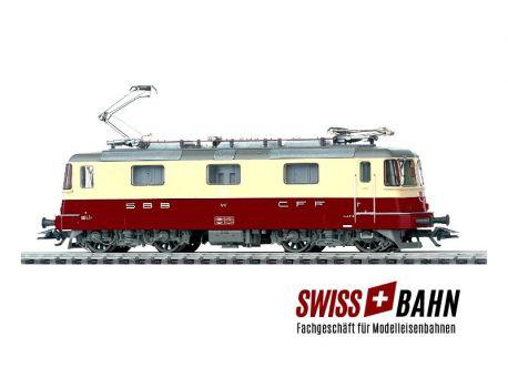 Märklin 37343 SBB Re 4/4 (Bo-Bo) TEE FX Digital