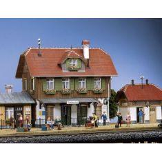 POLA 330901 Bahnhof Schoenweiler mit Nebengebäude