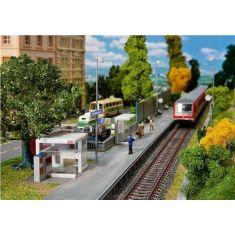 Faller 120240 BLS/SBB Moderner Haltepunkt  m. Bahnsteig